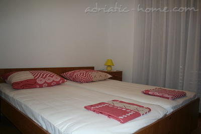 Apartments PETRIC III ***, Trogir, Croatia - photo 6