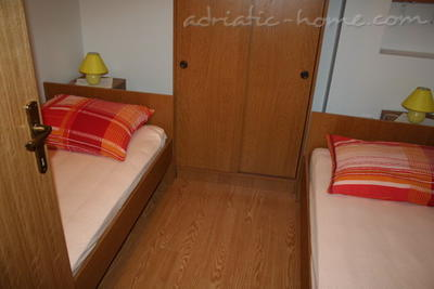 Apartments PETRIC III ***, Trogir, Croatia - photo 8