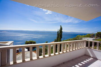 Apartments ADRIA TOP HOUSE   A, Omiš, Croatia - photo 1