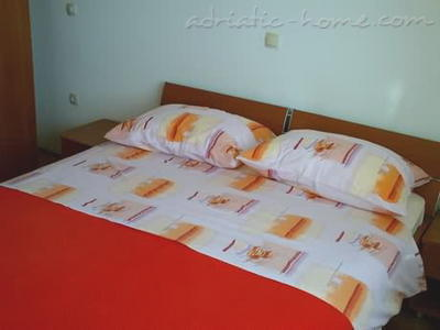 Apartment BEGIĆ III ****, Makarska, Croatia - photo 8