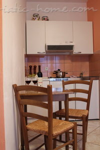 Studio apartment IDA, Hvar, Croatia - photo 2