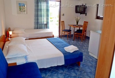 Studio apartment IDA II, Hvar, Croatia - photo 12