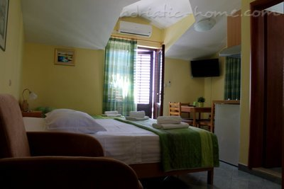 Studio apartment IDA II, Hvar, Croatia - photo 13