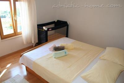 Apartments DOLAC Penthouse, Hvar, Croatia - photo 8