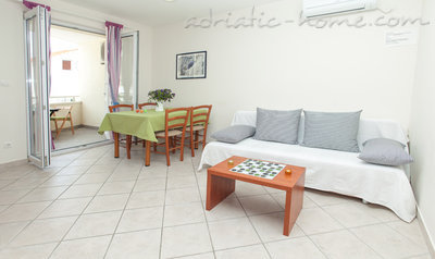 Apartments Martina BOL one bedroom, Brač, Croatia - photo 3