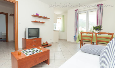 Apartments Martina BOL one bedroom, Brač, Croatia - photo 4