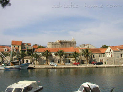 Apartments BOŽIKOVIĆ, Hvar, Croatia - photo 11