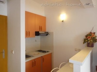 Studio apartment RIBIČIĆ III, Brela, Croatia - photo 2