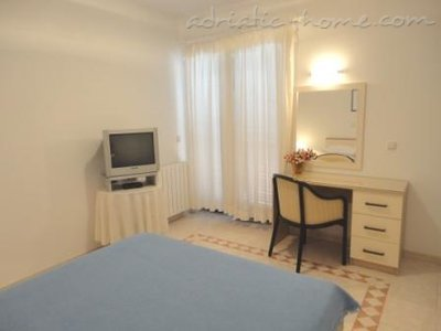 Studio apartment RIBIČIĆ I, Brela, Croatia - photo 2