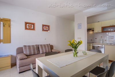 Apartments EVA I, Cres, Croatia - photo 2