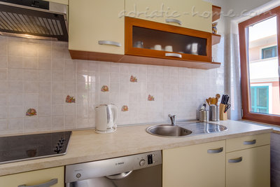 Apartments EVA I, Cres, Croatia - photo 3