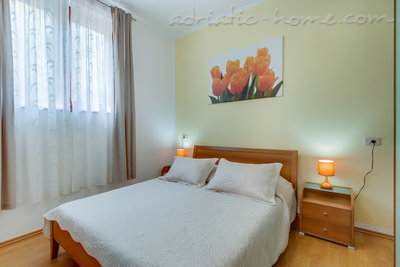 Apartments EVA IV, Cres, Croatia - photo 5