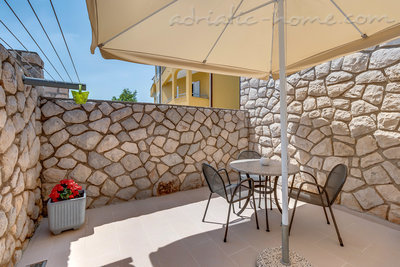 Apartments EVA IV, Cres, Croatia - photo 8