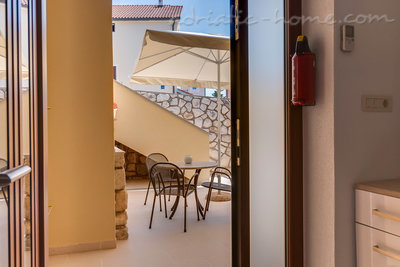 Apartments EVA III, Cres, Croatia - photo 7