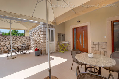 Apartments EVA III, Cres, Croatia - photo 8