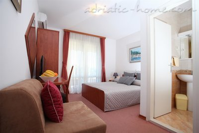 Studio apartment Apartments Giardino, Makarska, Croatia - photo 8