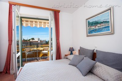 Studio apartment Apartments Giardino, Makarska, Croatia - photo 1