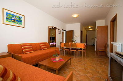 Apartments MALLER 3, Rovinj, Croatia - photo 2