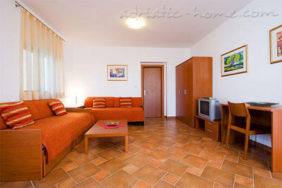 Apartments MALLER 205, Rovinj, Croatia - photo 4
