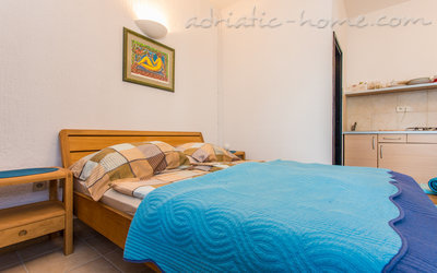 Studio apartment MIJA ****, Krk, Croatia - photo 3