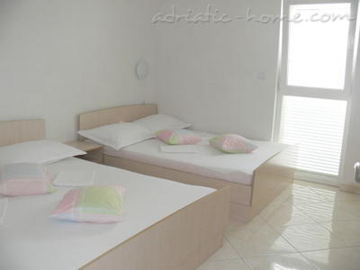 Apartments PRALAS, Podaca, Croatia - photo 9