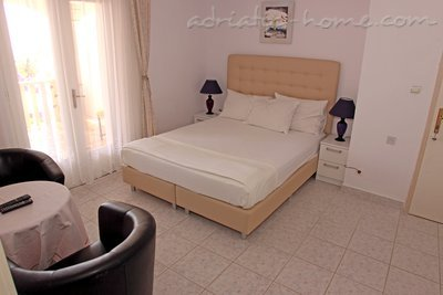 Studio apartment VILLA KRISTONIA III, Hvar, Croatia - photo 10