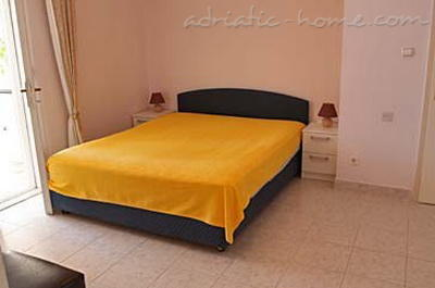 Studio apartment VILLA KRISTONIA III, Hvar, Croatia - photo 13
