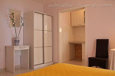 Studio apartment VILLA KRISTONIA III, Hvar, Croatia - photo 12