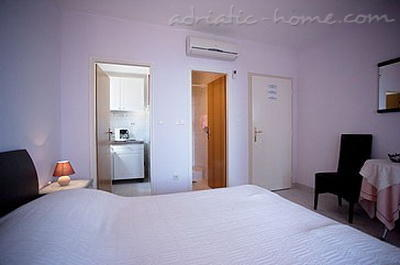 Studio apartment VILLA KRISTONIA V, Hvar, Croatia - photo 6
