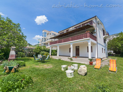 Studio apartment VIKTORIJA II, Buljarica, Montenegro - photo 1