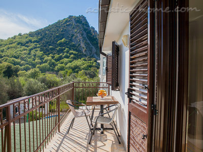 Studio apartment VIKTORIJA III, Buljarica, Montenegro - photo 11