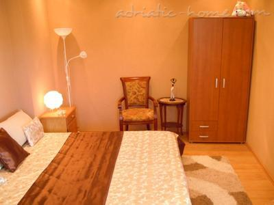 Apartments Deluxe VILLA LASTVA IV   ****, Tivat, Montenegro - photo 4