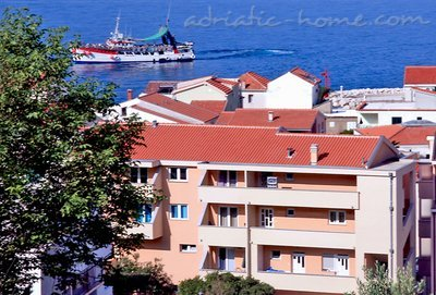 Apartments JAKIĆ 3+2b, Tučepi, Croatia - photo 2