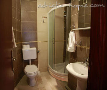 Studio apartment ADŽIĆ IV, Budva, Montenegro - photo 4