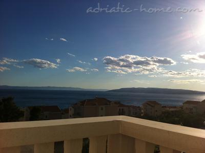 Apartments VILLA LUČIĆ IV, Makarska, Croatia - photo 6