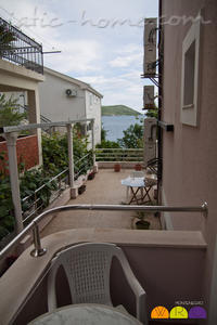 Apartments MASLINA, Herceg Novi, Montenegro - photo 10