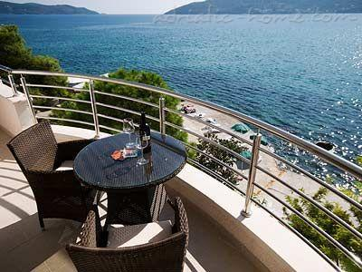 Apartments TWINS-IGALO, Herceg Novi, Montenegro - photo 1