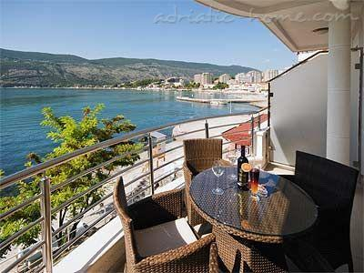 Apartments TWINS-IGALO II, Herceg Novi, Montenegro - photo 1
