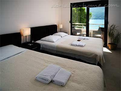 Apartments TWINS-IGALO III, Herceg Novi, Montenegro - photo 5