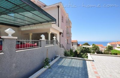 Apartments VILLA LUČIČ V, Makarska, Croatia - photo 14