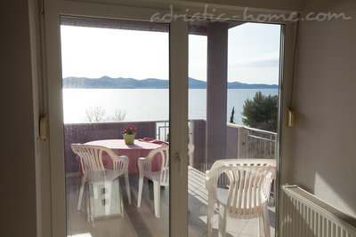 Apartamente Seaside apartment house Zadar II, Zadar, Kroacia - foto 4
