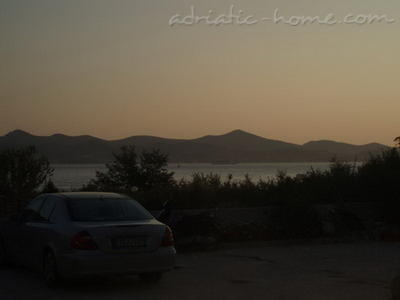 Apartments Seaside apartment house Zadar III, Zadar, Croatia - photo 4