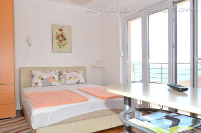 Apartments Bellevue - Otašević I, Herceg Novi, Montenegro - photo 3