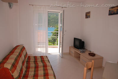 Apartments DAKIĆ, Herceg Novi, Montenegro - photo 4