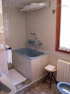 Apartment Ca' Santa Croce, Venezia, Italy - photo 11