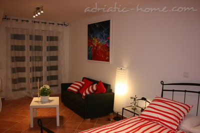 Apartments Oleander, Hvar, Croatia - photo 3