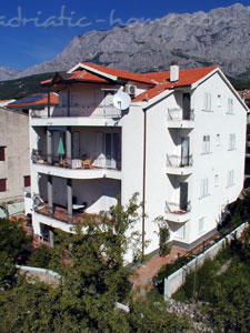 Apartments Cvjetni Dvori II, Makarska, Croatia - photo 1