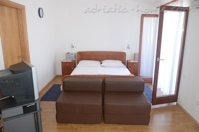 "Studio apartment Holiday Pag ""A"", Pag, Croatia - photo 2"