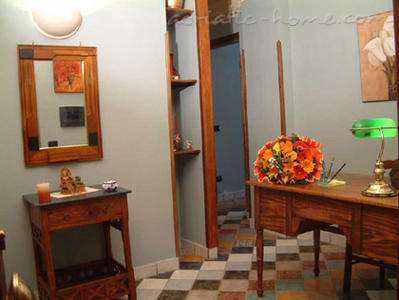 Bed&Breakfast Firenze32, Napoli, Italy - photo 2