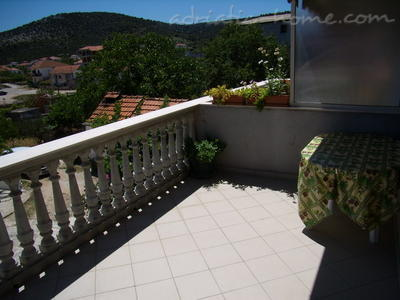 "Apartment Filip ""B"", Vinišće, Croatia - photo 9"